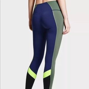 Victoria's Secret VSX Sport VS Knockout Tight